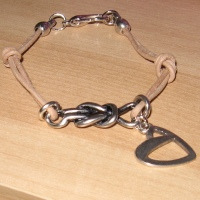 "Armband"" Metalen Knoop """